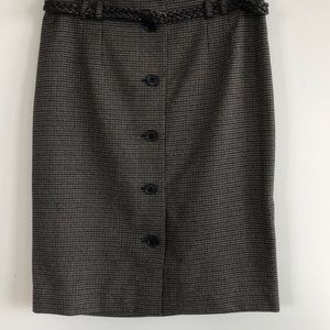 H&M Patterned Skirt buttons in front